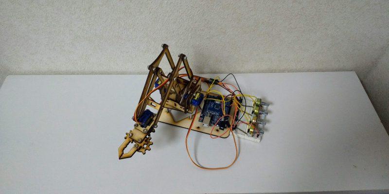 木製ロボットアーム